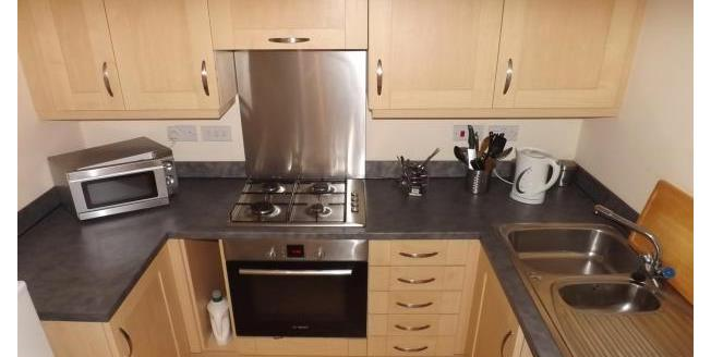 £500 per Calendar Month, 2 Bedroom Flat To Rent in Darwen, BB3