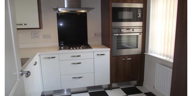 £650 per Calendar Month, 2 Bedroom Semi Detached House To Rent in Fleetwood, FY7