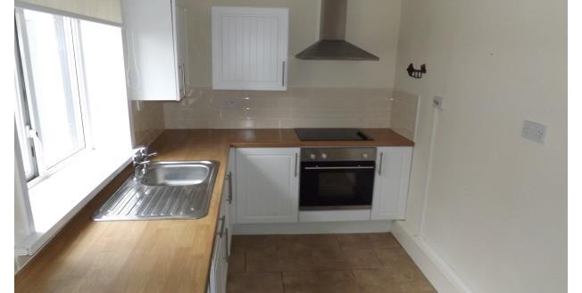 £450 per Calendar Month, 2 Bedroom Flat To Rent in Blackpool, FY1