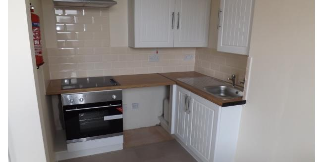 £400 per Calendar Month, 1 Bedroom Flat To Rent in Blackpool, FY1