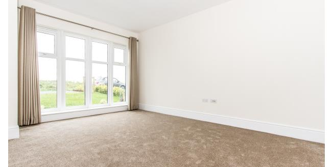 £900 per Calendar Month, 3 Bedroom House To Rent in Fleetwood, FY7