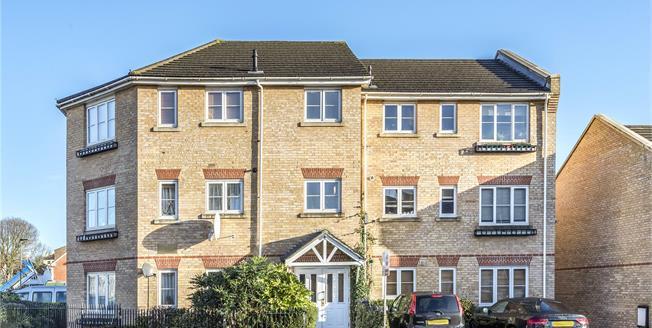 £325,000, 2 Bedroom Flat For Sale in SE20