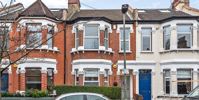 Guide Price £600,000, 3 Bedroom Terraced House For Sale in Bromley, BR1