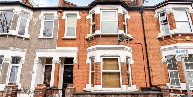 Guide Price £275,000, 1 Bedroom Flat For Sale in Bromley, BR1