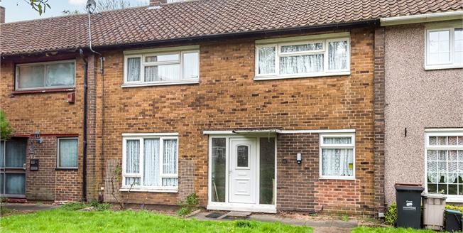 Guide Price £380,000, 3 Bedroom Terraced House For Sale in Bromley, BR1