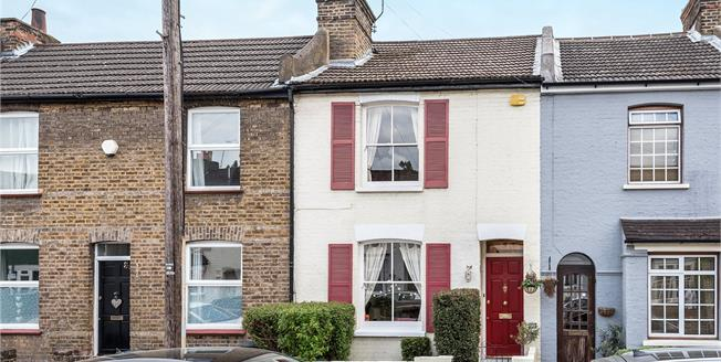 Guide Price £445,000, 2 Bedroom Terraced House For Sale in Bromley, BR2