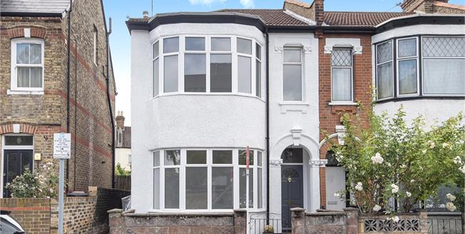 Guide Price £563,000, 3 Bedroom End of Terrace House For Sale in Bromley, BR1