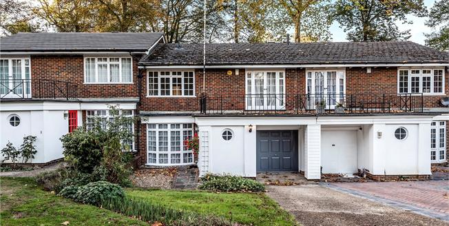 Offers Over £650,000, 4 Bedroom Terraced House For Sale in Bromley, BR1