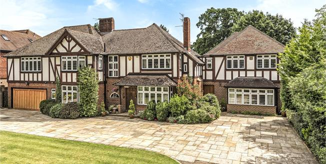 Guide Price £2,000,000, 6 Bedroom Detached House For Sale in BR7
