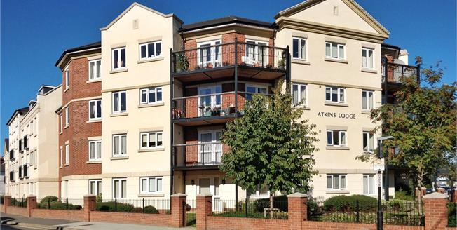 Guide Price £280,000, 1 Bedroom Retirement For Sale in Orpington, BR6