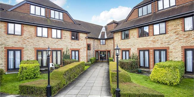 Asking Price £135,000, 1 Bedroom Retirement For Sale in West Wickham, BR4
