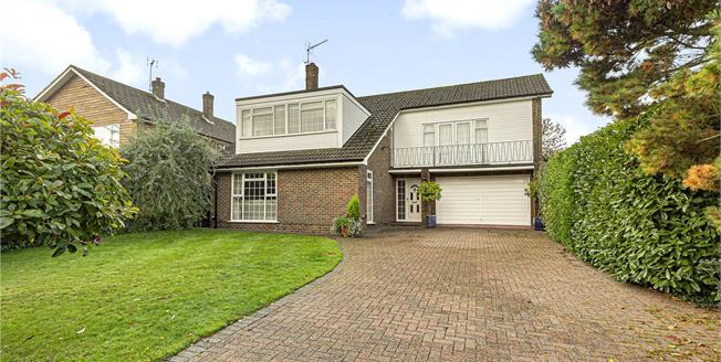 £1,000,000, 4 Bedroom Detached House For Sale in Orpington, BR6