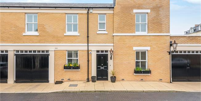 Asking Price £775,000, 3 Bedroom Mews House For Sale in Cudham, TN14