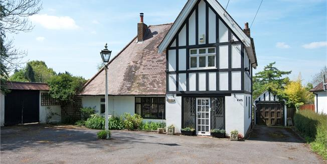 Asking Price £825,000, 3 Bedroom Detached House For Sale in Westerham, TN16
