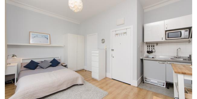 £1,300  per Calendar Month (Calculated), Apartment To Rent in London, SW10