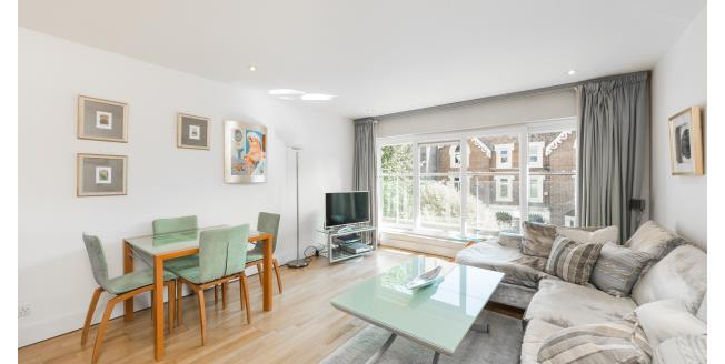 £4,333  per Calendar Month (Calculated), 2 Bedroom Flat To Rent in London, W2