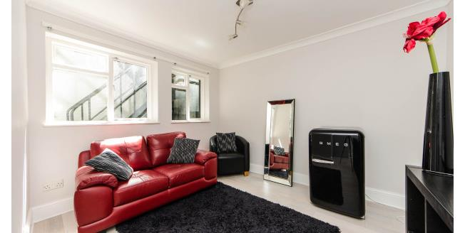 £1,495  per Calendar Month (Calculated), 1 Bedroom Flat To Rent in London, W2