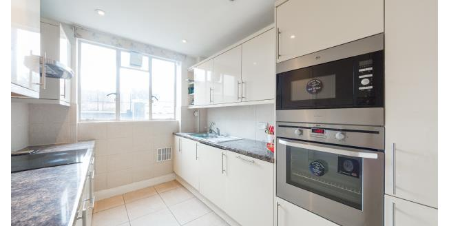 £2,925  per Calendar Month (Calculated), 2 Bedroom Flat To Rent in London, SW7