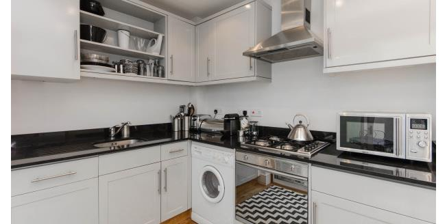 £2,275  per Calendar Month (Calculated), 1 Bedroom Mews House To Rent in London, SW7