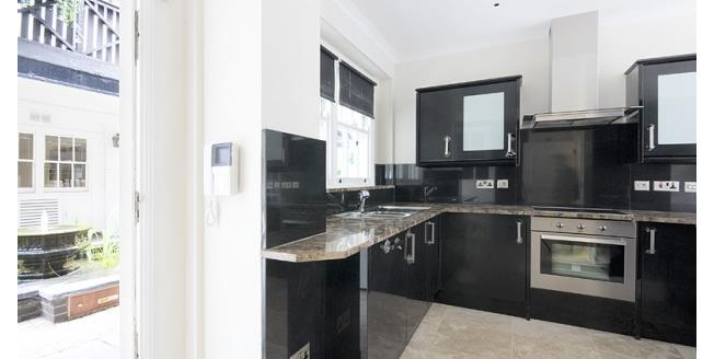 £6,045  per Calendar Month (Calculated), 3 Bedroom Mews House To Rent in London, W8