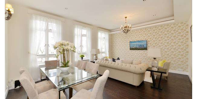 £3,575  per Calendar Month (Calculated), 3 Bedroom Flat To Rent in London, SW7