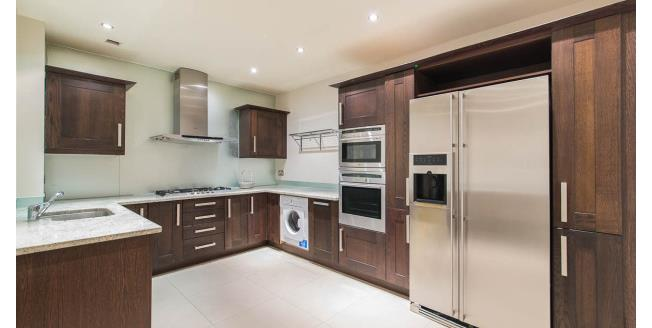 £10,833  per Calendar Month (Calculated), 3 Bedroom Flat To Rent in London, SW7