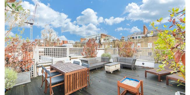 £8,450  per Calendar Month (Calculated), 3 Bedroom Mews House To Rent in London, SW7