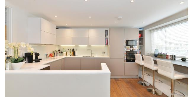 £3,683  per Calendar Month (Calculated), 2 Bedroom Flat To Rent in London, SW7