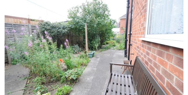 £550 per Calendar Month, 1 Bedroom Ground Flat Apartment To Rent in West Bridgford, NG2