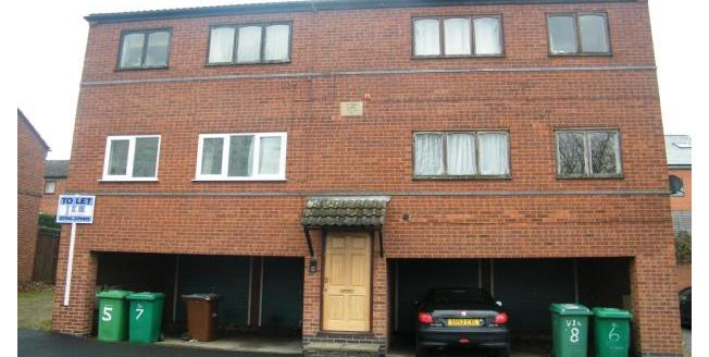 £375 per Calendar Month, 2 Bedroom Flat To Rent in Nottingham, NG7