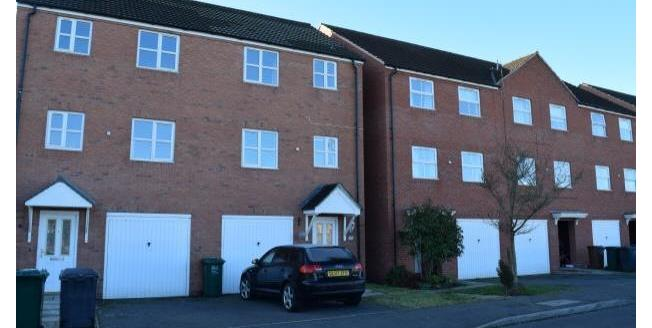 £800 per Calendar Month, 3 Bedroom House To Rent in Hilton, DE65