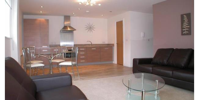£850 per Calendar Month, 2 Bedroom Apartment To Rent in Nottingham, NG1