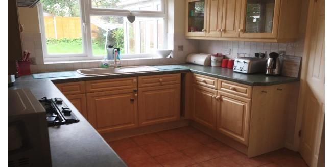 £995 per Calendar Month, 4 Bedroom Detached House To Rent in Barton under Needwood, DE13