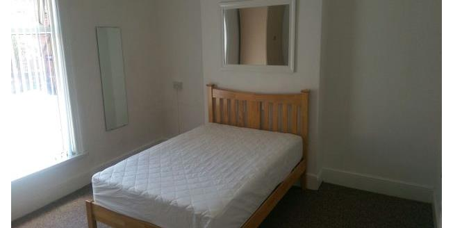 £433  per Calendar Month (Calculated), 1 Bedroom Apartment To Rent in Burton-on-Trent, DE14