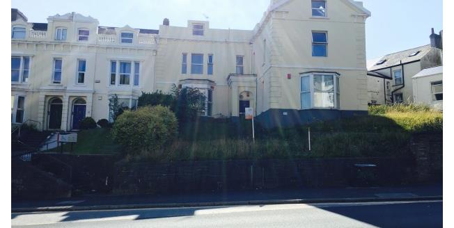 £800 per Calendar Month, 3 Bedroom Flat To Rent in Plymouth, PL4