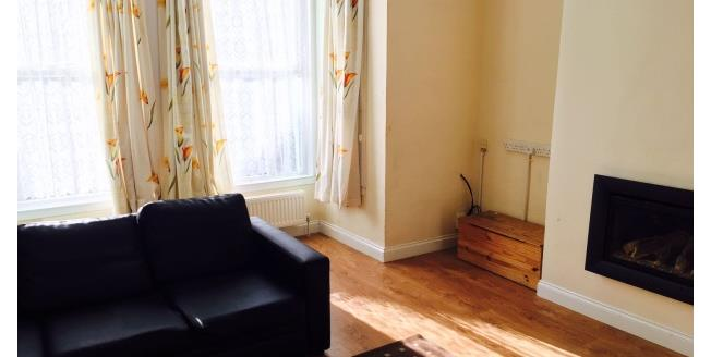 £800 per Calendar Month, 3 Bedroom House To Rent in Plymouth, PL4