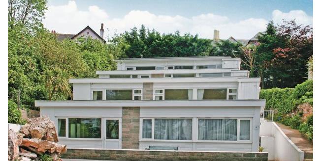 £950 per Calendar Month, 3 Bedroom Apartment To Rent in Brixham, TQ5