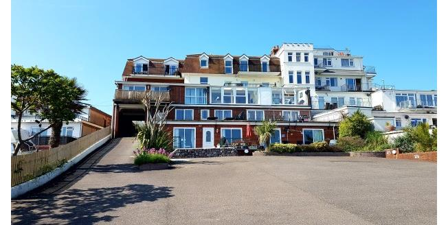£850 per Calendar Month, 2 Bedroom Apartment To Rent in Paignton, TQ4