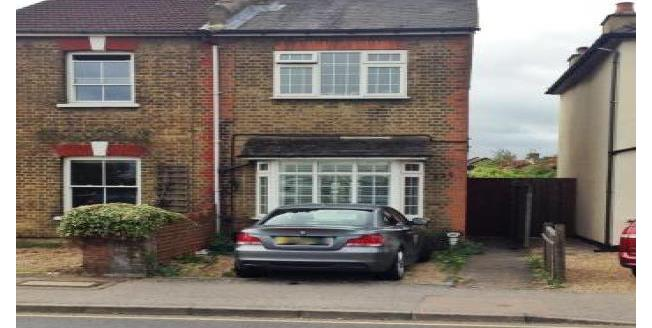 £1,375 per Calendar Month, 2 Bedroom House To Rent in West Molesey, KT8