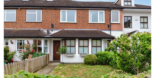 £1,195 per Calendar Month, 2 Bedroom Apartment To Rent in Thames Ditton, KT7