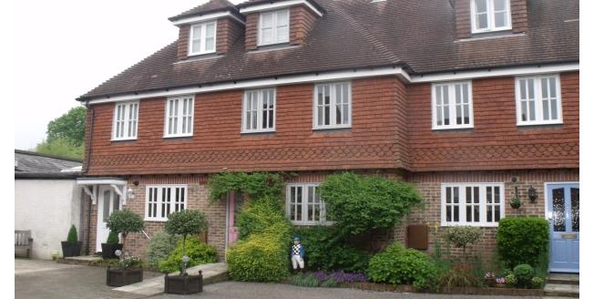 £1,395 per Calendar Month, 3 Bedroom Town House To Rent in Midhurst, GU29