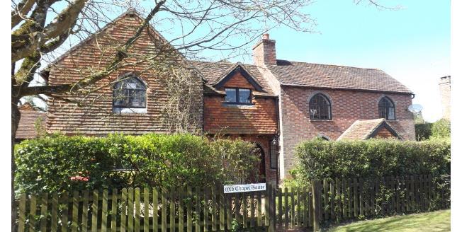 £2,400 per Calendar Month, 4 Bedroom House To Rent in Billingshurst, RH14