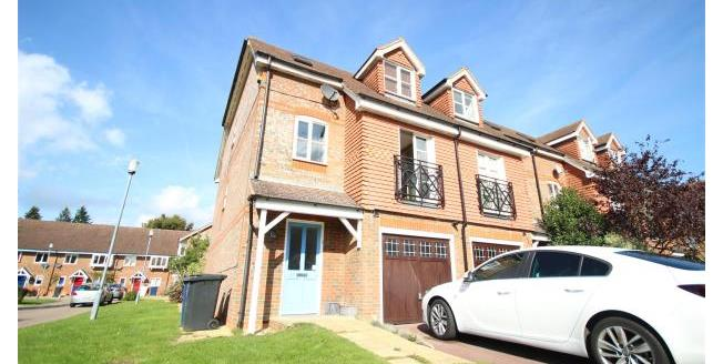 £1,550 per Calendar Month, 4 Bedroom Town House To Rent in Hindhead, GU26
