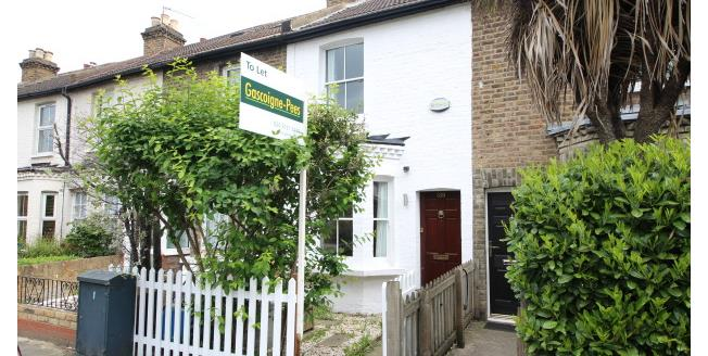 £1,875 per Calendar Month, 2 Bedroom House To Rent in Richmond, TW9