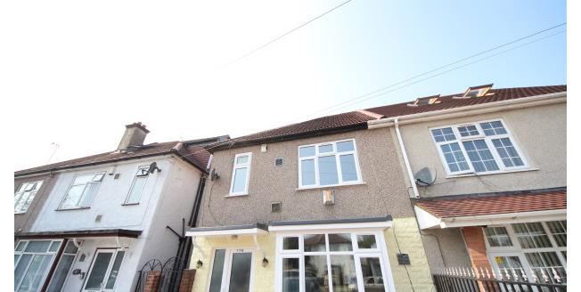£1,750 per Calendar Month, 3 Bedroom Semi Detached House To Rent in Hounslow, TW4