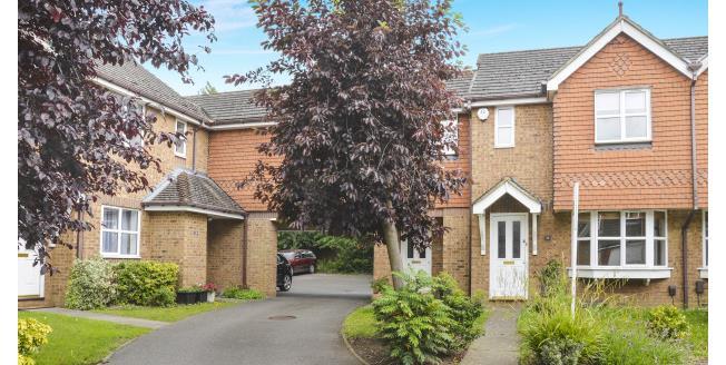 £1,395 per Calendar Month, 2 Bedroom House To Rent in Cobham, KT11