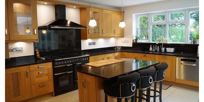 £2,500 per Calendar Month, 5 Bedroom House To Rent in Leatherhead, KT22