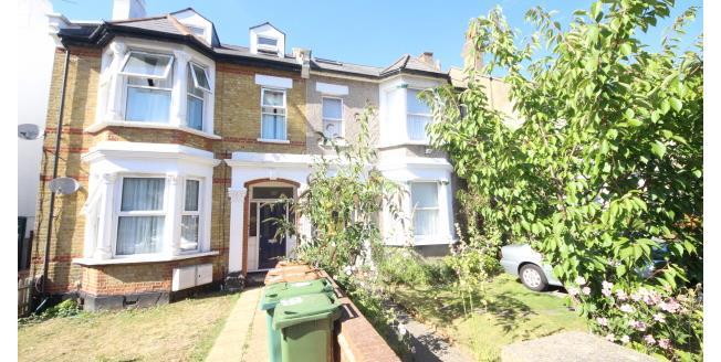 £1,100 per Calendar Month, 2 Bedroom Apartment To Rent in Sutton, SM2