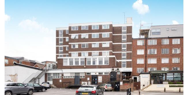 £900 per Calendar Month, 1 Bedroom Apartment To Rent in Guildford, GU1