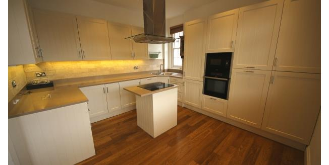£1,900 per Calendar Month, 2 Bedroom Maisonette Apartment To Rent in Kingston upon Thames, KT1